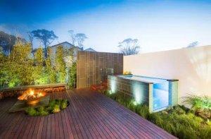 精致的莫宁顿庭院,现代风格庭院景观